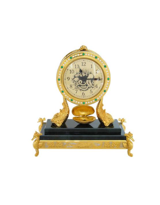 Купить часы настольные в подарок руководителю