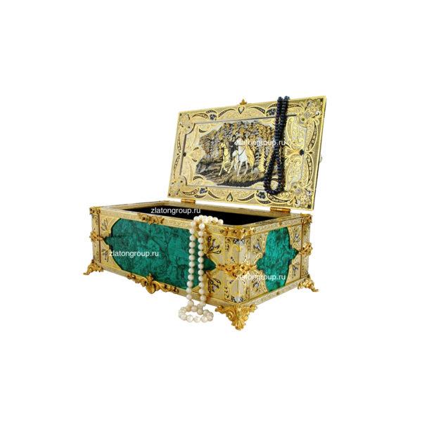 Ларец для украшений из малахита