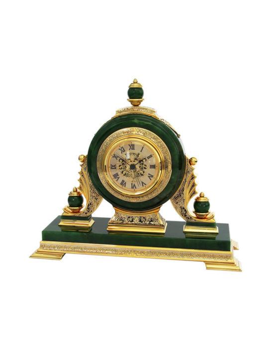 Часы каминные из нефрита