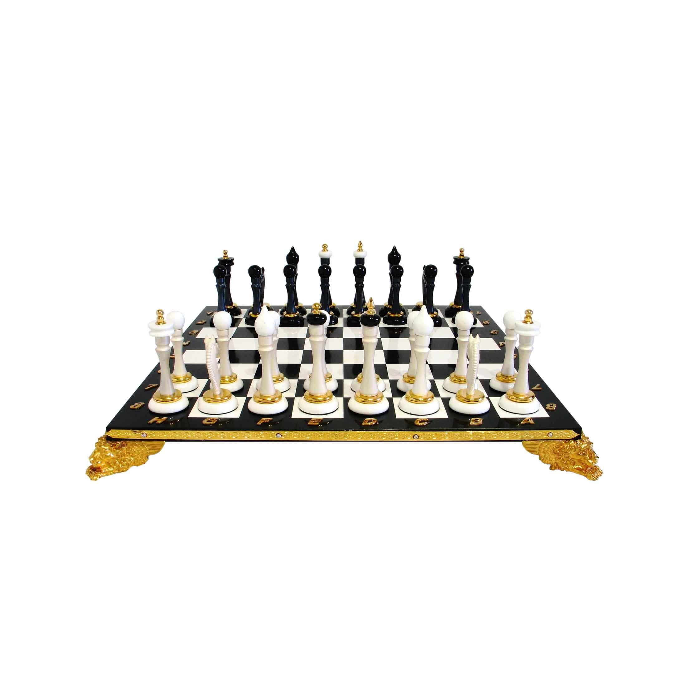 Шахматы от мастерской Златон являются эксклюзивным подарком для любителей этой игры