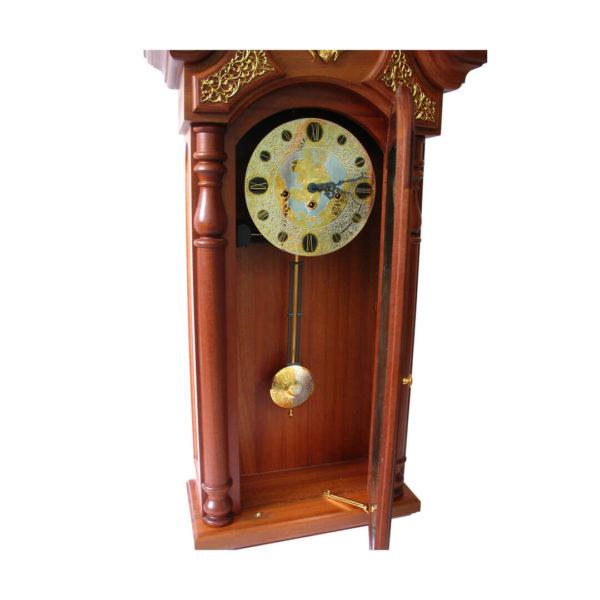 Часы большие необычные в гостинную с маятником