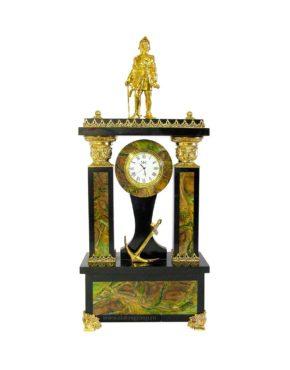 Каминные часы из камня и бронзы