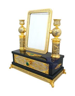 Зеркало со шкатулкой
