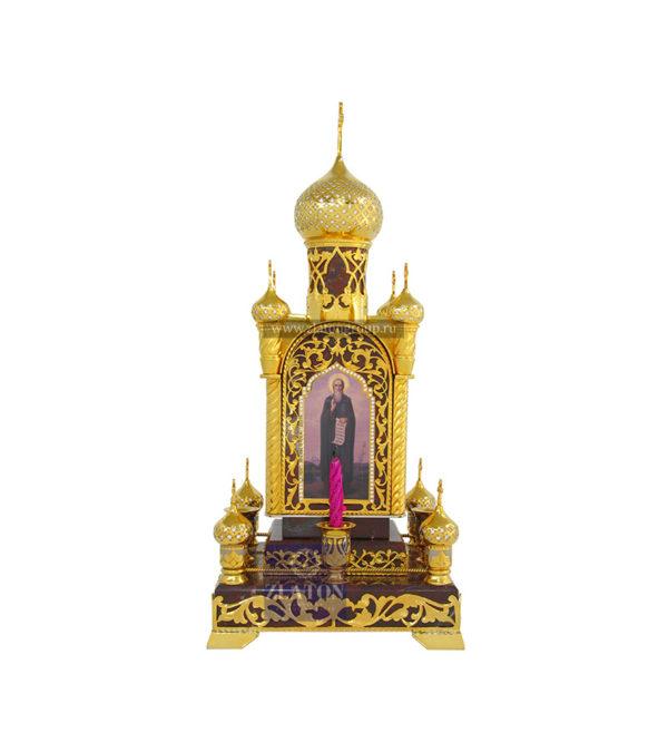 Православная часовня с алтарем